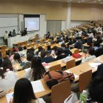 メディア学部で「メディア基礎演習報告会」を開催しました!
